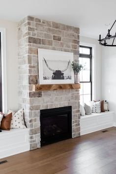 Living Spaces - Oakstone Homes My Living Room, Home And Living, Living Room Decor, Living Spaces, Home Fireplace, Fireplace Design, Fireplace In Living Room, Fireplaces, Stone Veneer Fireplace