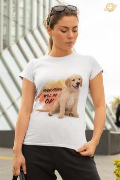 Der freundliche Golden Retriever ist deine Lieblingshunderasse?  Dann ist dieses T-Shirt perfekt für dich! Als Fan oder Besitzer dieser tollen Hunde weißt du deren stets gute Laune zu schätzen und kannst mit diesem Motiv auch anderen eine positive Botschaft mitgeben. Das Shirt haben unsere Designer auch mit einem Lächeln für dich und liebe Hundefreunde von dir entworfen. Everything Will Be Ok, Golden Retriever, Designer, Mens Tops, T Shirt, Collection, Women, Fashion, Dog T Shirts