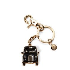london black taxi key ring.  I feel like a taxi driver sometimes I think this would be funny for me to have. #keychain