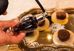 O delicioso brownie com spray d baunilha. Veja como fazer: http://www.casadevalentina.com.br/blog/detalhes/brownie-com-spray-de-baunilha-3172 #receita #recipes #casadevalentina #brownie