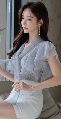 Korea Fashion, Asian Fashion, Korean Beauty, Asian Beauty, Yu Jin, Good Looking Women, Sexy Blouse, Pretty Lingerie, Female Poses