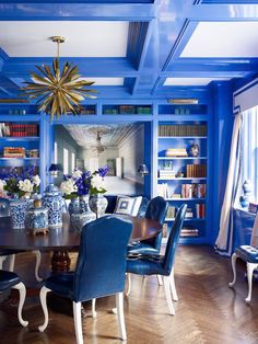 Home design and interior decorating is what VERANDA magazine is all about. Dining Room Blue, Dining Room Design, Dining Area, Blue Rooms, White Rooms, Blue Walls, Fine Paints Of Europe, Veranda Magazine, House And Home Magazine