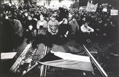 Sametova revoluce / The Velvet Revolution (Traditional Cache) in Hlavní město Praha, Czechia created by geocacher. Geocaching, Logs, Prague, Revolution, Around The Worlds, Velvet, Activities, Traditional, Magazines