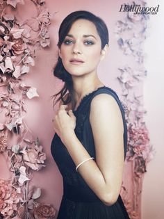 Check out la belle Marion Cotillard and the other beautiful Oscar contenders!