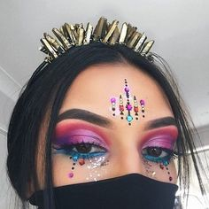 Colorful Jewels - Festival Ready Beauty Looks - Photos
