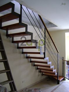 como se hace para revestir una escalera de estructura de hierro con madera buscar