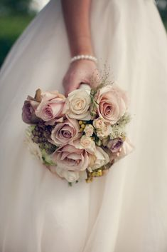 Bouquet of Vintage Roses, simply elegant a collection of Quick Sand, Vendella, Amnesia and Gracia Creme Roses with early season Viburnum Op...