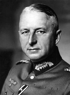Erich von Manstein, Mariscal de Campo alemán, considerado uno de los más grandes estrategas militares de la Alemania nazi.