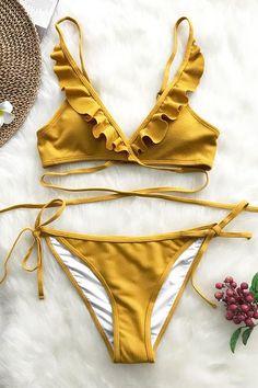 Shop our sale and build your bikini wardrobe at Cupshe. Shop the best selection of mix-and-match bikini tops, cheeky bikini bottoms, triangle bikini tops and more. Bandeau Bikini, Bikini Floral, Haut Bikini, Bikini Swimwear, Tankini, Bikini Top, Thong Bikini, Yellow Bikini, Blue Crush