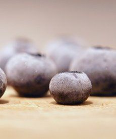 How to Dry Sweet Blueberries
