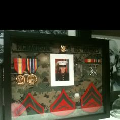 USMC shadow box Usmc Love, Marine Love, Military Love, Military Art, Military Shadow Box, Military Crafts, Welcome Home Parties, Gifts For Hubby, Marines Girlfriend