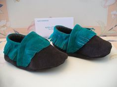 Handmade Brown Green Suede Baby Moccasins by ALEXLITTLETHINGS