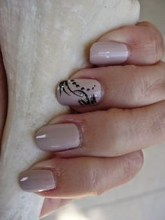 NUDE NAILS WITH BLACK NAILART. Why I prefer to do my own nails! | Beauty4Free2U