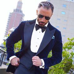 2017 latest coat pant designs Blue Velvet Groom mens suit tuxedo new terno masculino costume homme mariage wedding suits for men Wedding Dress Suit, Dress Suits, Wedding Suits, Men Dress, K98, Cocktail Wear, Vest And Tie, Groom Tuxedo, Smoking Jacket
