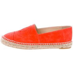 Pre-owned Chanel 2015 Suede Espadrille Flats ($525) ❤ liked on Polyvore featuring shoes, flats, orange, espadrilles shoes, suede espadrilles, rubber sole shoes, suede shoes and chanel espadrilles
