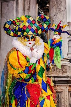 #venice #venicecarnival #sanmarco #visititaly Harlequin Costume, Visit Italy, Animal Photography, Venice, Carnival, Beautiful, Masks, Nature Photography, Venice Italy