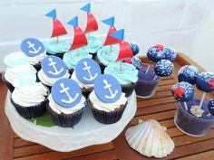 Juliart: Cupcakes y cakepops marineros / Juliart: Navy cupcakes and cakepops