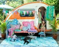 side view sistersonthefly vintage camper trailers pinterest boutique blog et design. Black Bedroom Furniture Sets. Home Design Ideas