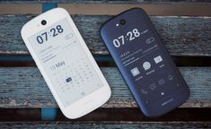 A white version of YotaPhone smartphone was revealed as well as a price cut from now being retailed for Android App Design, Android Apps, Smartphone, Survival Gadgets, Technology Gadgets, Latest Technology, Laptop Computers, Tech News, Mobile App