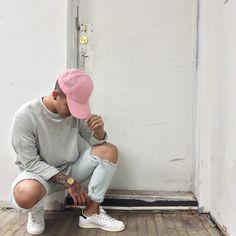 mens fashion trends looks fabulous. Urban Fashion, Boy Fashion, Mens Fashion, Fashion Tips, Fashion Updates, Fashion Trends, Men Looks, Poses For Men, Swagg