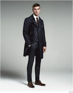 gucci-mens-tailoring-suit-collection-clement-chabernaud-005-800x1016.jpg