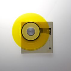 http://www.design-is-fine.org/post/160312205704/dieter-rams-record-player-p1-1959-braun-ag