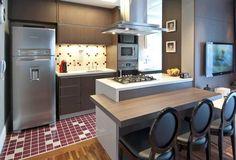 Linea Mobili - Móveis planejados para cozinhas gourmets / coifa sobre ilha