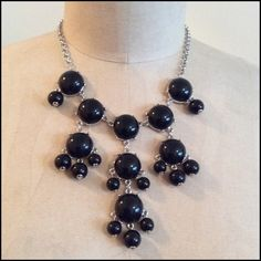 🌺HOST PICK 11/28 🌺Great Black Baubble Necklace A popular statement necklace is the baubble necklace. The basic black makes great for wear with ant color outfit. Great piece with a white tee and jeans, the necklace brings it up a level in your look. Lobster claw clasp. New never worn no tags. Apt 9 Jewelry Necklaces