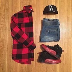 Outfit grid - Red & black checks