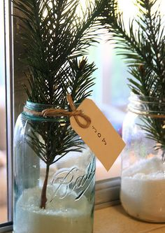 mason jars burlap Christmas decoration some greenery with mason jars . Merry Little Christmas, Country Christmas, Simple Christmas, Winter Christmas, All Things Christmas, Christmas Swags, Christmas Kitchen, Christmas Christmas, Burlap Christmas Decorations