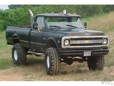 chevy k20, now she would make a sexy mud truck