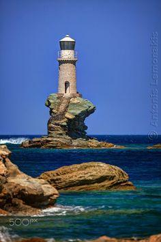 Lighthouse Tourlitis by Antonis Lemonakis on 500px
