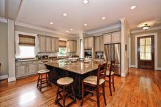 #Kitchen http://www.dickensmitchener.com/properties/102_173677/514%20Magnolia%20Avenue_Charlotte_North%20Carolina_28203