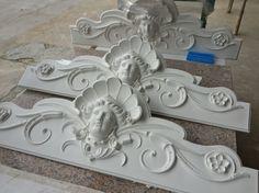 Dinteles para fachada en Hormigón Blanco Especial.  -   Manufacturig Lintel Especially White Concrete Facade.  www.italicadecoraciones.com