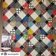 Beautiful #wisecraftsteppingstones rendition with @dsquilts #winterwalkfabric 😍#Repost @lauracapello (@get_repost) Available at @thequiltstudio ・・・ you gotta stretch your legs...