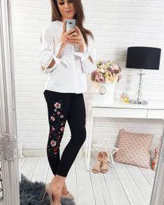 Dámske nohavice - Oblečiemsa.sk Capri Pants, Black Jeans, Fashion, Moda, Capri Trousers, Fashion Styles, Black Denim Jeans, Fashion Illustrations