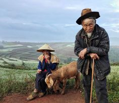 Old men in Dongchuan Photo by Victor Turek -- National Geographic Your Shot Amazing Photography, Nature Photography, Old Man Walking, Cool Pictures, Cool Photos, Shot Photo, People Of The World, National Geographic Photos, Your Shot