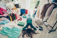 تفســــــير الاحــــــــــلام الثياب في منام الرجل والمتزوجة والعزباء Clothes For Women Clothes Laundry Clothes