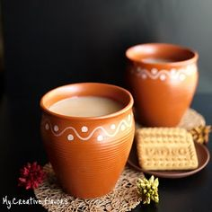 Make your own chai latte! Bet combination, chai and parle-G biscuits.