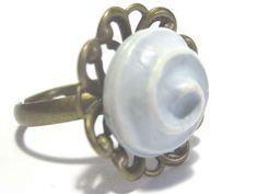 Ringe - Knopfring Ring im Vintage Stil - ein Designerstück von lijumea bei DaWanda