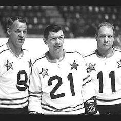Legends of Hockey - Gallery - Gordie Howe, Stan Mikita, and Bobby Hull