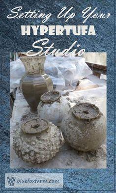 Setting Up Your Hypertufa Studio - sounds complicated, but it's not really… Cement Art, Concrete Cement, Concrete Crafts, Concrete Projects, Concrete Garden, Concrete Planters, Concrete Furniture, Polished Concrete, Outdoor Crafts