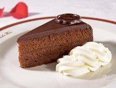 An Austrian Favorite: Sacher Torte Chocolate Icing, Chocolate Desserts, Sacher Torte Recipe, Austrian Cuisine, Springform Cake Tin, Austrian Recipes, Crunch, English Food, Cake Tins