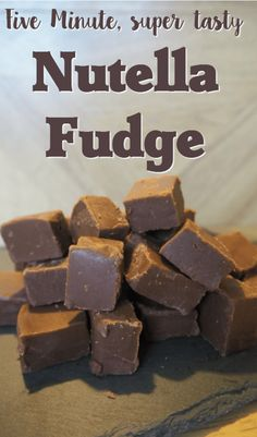 Five minute, super tasty Nutella Fudge recipe. Nutella and fudge are a match made in heaven! This recipe for five minute Nutella fudge is the easiest most amazing fudge recipe you'll come across! Candy Recipes, Baking Recipes, Sweet Recipes, Dessert Recipes, Desserts Diy, Baking Desserts, Nutella Recipes No Bake, Cool Recipes, 5 Minute Desserts