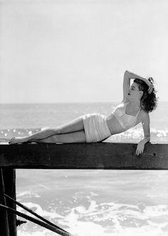 "vintagegal: "" Ava Gardner photographed by Eric Carpenter,1943 """