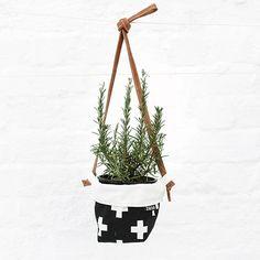 Hanging soft pot - c