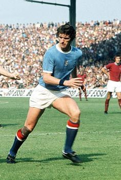 Mike Doyle of Man City in 1973.