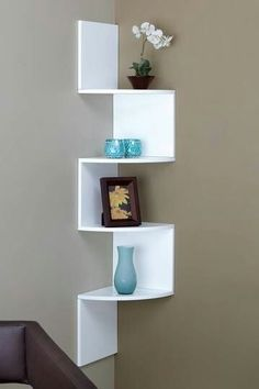 Building some DIY corner shelves might be a great idea for your next weekend project. Corner shelves are a smart solution for your small space. If you want to have shelves but you don't want to be too much on . Diy Home Decor, Room Decor, Wall Decor, Diy Furniture, Furniture Design, White Furniture, Corner Furniture, Entryway Furniture, Corner Wall Shelves