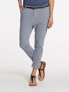 MAISON SCOTCH   A GREAT SMART CASUAL LOOK - A GREAT TAKE ON TRACK PANTS - STYLISH & COMFORTABLE