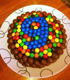 Birthday cake Age 9
